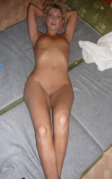 coquine sexy dominatrice pour gars docile